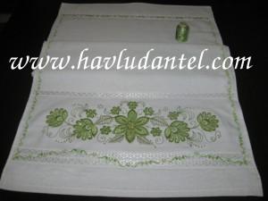 fıstık yeşili nakışlı havlu